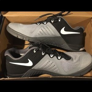 Nike Metcon 2 Training Sneakers. Size 10